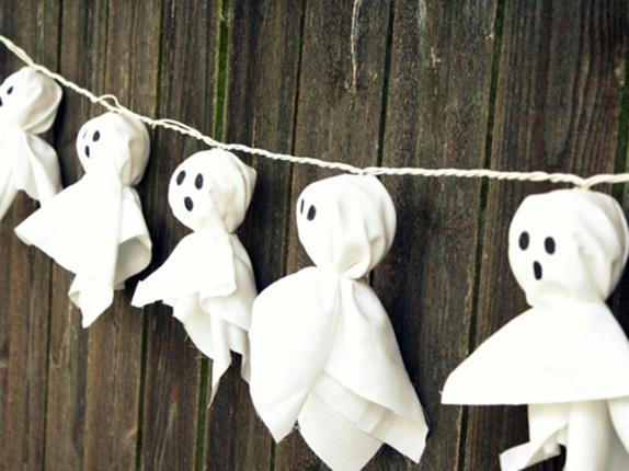 decoracion-halloween-guirnalda-fantasmas copia